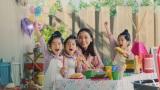 2年ぶりに共演した杏と三つ子ちゃんたち