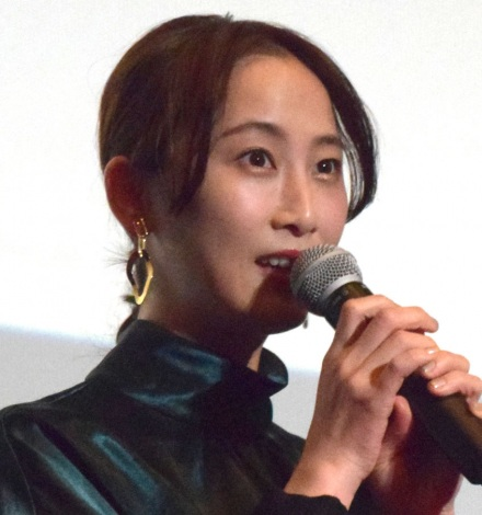 映画『女の機嫌の直し方』公開記念舞台あいさつに出席した松井玲奈 (C)ORICON NewS inc.