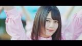 日向坂46が2ndシングル収録曲「キツネ」MVを解禁(写真はセンターの小坂菜緒)