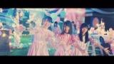 日向坂46の2ndシングル「ドレミソラシド」(7月17日発売)収録曲「キツネ」のミュージックビデオより
