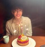 永野芽郁と清野菜名に誕生日を祝われた志尊淳 (写真はインスタグラムより、事務所許諾済み)