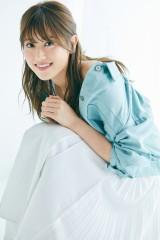 1st写真集『潜在意識』を発売する欅坂46(撮影/池本史彦)