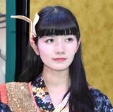 都内で行われたデビューコンベンションに登場した小野小町・福島彩菜 (C)ORICON NewS inc.