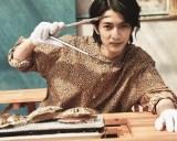 塩釜の水産市場では海の幸を堪能=渡邊圭祐1st写真集『その節は。』(東京ニュース通信社)