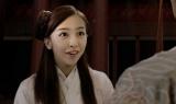 板野友美、大学生役で映画主演