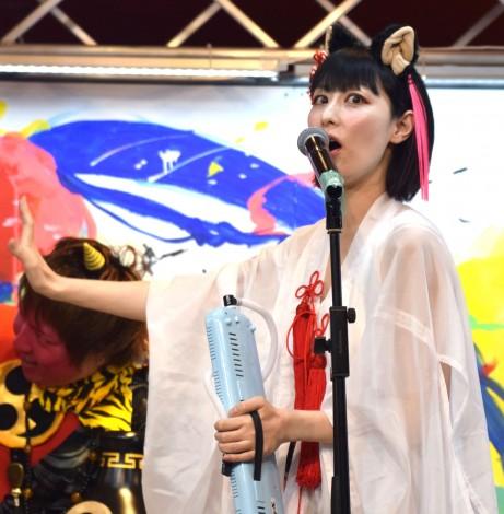 「魍魎ズ」ミーユキャット(鳥居みゆき)=1stアルバム『魍魎奇譚』発売記念イベント (C)ORICON NewS inc.