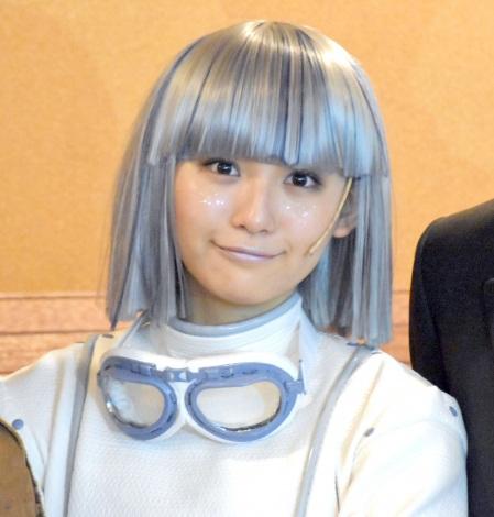 音楽劇『Zip&Candy』公開ゲネプロ前の囲み取材に出席した浅川梨奈 (C)ORICON NewS inc.
