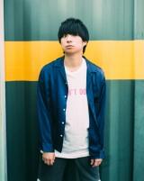 7月26日にエッセイをリリースする尾崎世界観