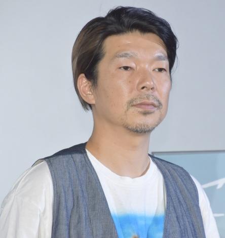 映画『こはく』の公開初日舞台あいさつに参加した横尾初喜監督 (C)ORICON NewS inc.