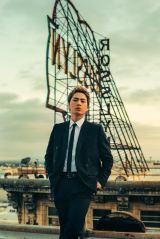 短髪にイメチェンした登坂広臣がHIROOMI TOSAKA名義で新曲リリース決定