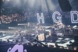360度ファンに囲まれたステージ=Official髭男dism初の日本武道館公演