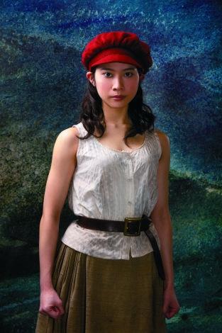 屋比久知奈(『レ・ミゼラブル』カンパニー)=『FNSうたの夏まつり』出演アーティスト第2弾