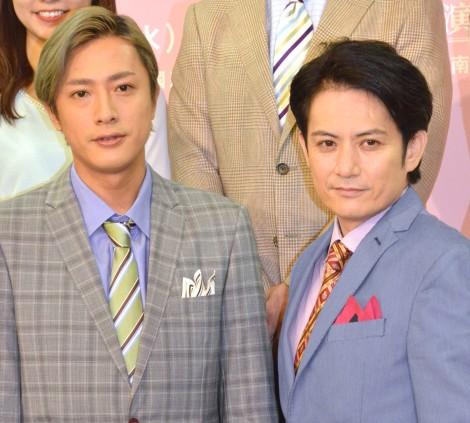 会場の笑いを誘った(左から)内博貴、佐藤アツヒロ =舞台『ブラックorホワイト?あなたの上司、訴えます!』製作発表記者会見(C)ORICON NewS inc.