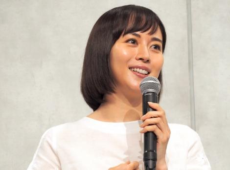 カンテレ・フジテレビ系ドラマ『TWO WEEKS』の制作発表会見に出席した比嘉愛未 (C)ORICON NewS inc.