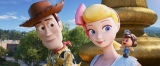 ディズニー/ピクサー映画『トイ・ストーリー4』ウッディとボー・ピープ&ギグル・マクディンプルズ(C)2019 Disney/Pixar. All Rights Reserved.