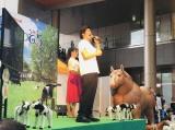 本家「FFJの歌」を熱唱した板橋駿谷(C)NHK