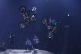 『ナイトロ・サーカス10周年ワールドツアー』の東京公演の模様