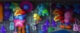 ディズニー/ピクサー映画『トイ・ストーリー4』より。ダッキー&バニーとバズが出会う本編シーンをちょい見せ(C)2019 Disney/Pixar. All Rights Reserved.