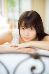 『Platinum FLASH Vol.10』に登場した欅坂46・田村保乃(C)松田忠雄、光文社