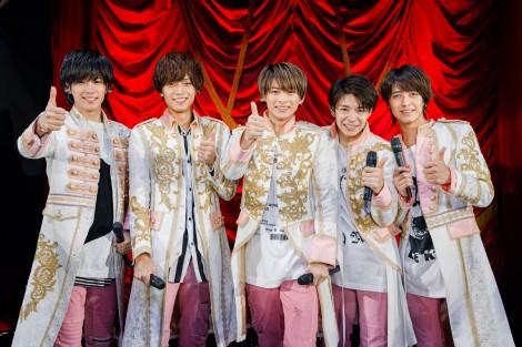 横浜アリーナでツアー初日を迎えたKing & Prince(左から)神宮寺勇太、永瀬廉、平野紫耀、岸優太、高橋海人