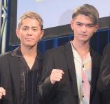 (左から)YUICHIRO、杉山亮司=新ボーカリストオーディション『DEEP VOCALIST AUDITION』のファイナル審査 (C)ORICON NewS inc.