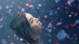 milet 3rd EP『us』(8月21日発売)の表題曲ミュージックビデオより