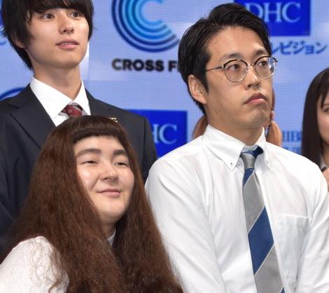 『DHC渋谷スタジオ』オープニング記念セレモニーに参加したゆにばーす(左から)はら、川瀬名人 (C)ORICON NewS inc.