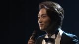 『The Covers』で椎名林檎の「人生は夢だらけ」をカバーした井上芳雄 (C)NHK