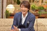 『The Covers』でトークする井上芳雄 (C)NHK
