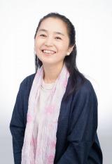 NHK『第51回思い出のメロディー』に司会の小野文惠アナウンサー (C)NHK