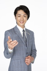 NHK『演歌フェス2019』に出演する真田ナオキ (C)NHK