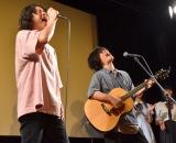 映画『私たちは、』の舞台あいさつ付試写会に参加した藍坊主(左から)HOZZY、田中ユウイチ (C)ORICON NewS inc.
