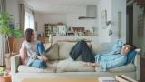 一色紗英10年ぶりのCM出演、江崎グリコ「プリッツ」新TVCM「夢中時間」篇