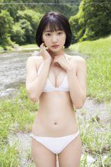『週刊少年マガジン』35号の表紙を飾った武田玲奈