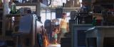 ディズニー/ピクサー映画『トイ・ストーリー4』隠れネタ=ドリーのスイミングマスク、カールじいさんの杖、バグズ・ライフのクッキーの箱(C)2019 Disney/Pixar. All Rights Reserved.
