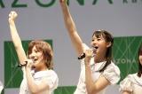 (左から)岡田奈々、瀧野由美子=STU48 3rdシングル「大好きな人」発売記念イベント (C)STU