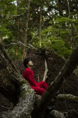 岩田剛典3rd写真集『Spin』の発売前重版が決定