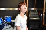 8月3日深夜放送『COUNT DOWN TV』の「ARTIST FILE」コーナーに登場する木村カエラ(C)TBS