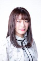 アニメ声優デビューが決まった長谷川玲奈