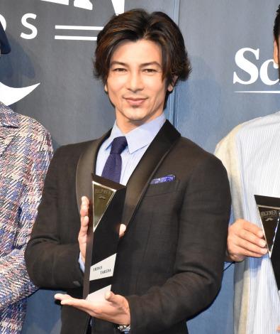 事務所の先輩である平山あやの結婚を祝福した武田真治=第1回『HIGEMEN AWARDS 2019』の表彰式 (C)ORICON NewS inc.