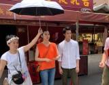 朝比奈彩主演、ドラマ『ランウェイ24』第8話は台湾ロケを敢行。オフショット(C)ABCテレビ