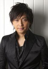 番組オリジナルキャラクター「硬球くん」の声を担当する中村悠一