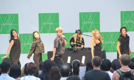 シングル「brave up!! Feat.DJ KOO」発売記念イベントの模様 (C)ORICON NewS inc.