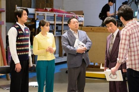 総合テレビ『LIFE!〜人生に捧げるコント〜』次回(9月7日放送)は『なつぞら』コラボスペシャル。なつ(広瀬すず)と坂場(中川大志)のプロポーズシーンに真壁(内村光良)が乱入(C)NHK
