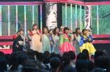 女性出演者&B.B.クイーンズが「さんぽ」を披露=UTAGE!』令和の夏!挑戦の夏!3時間スペシャルより(C)TBS