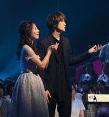 千賀健永がミュージカル曲を演奏