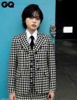 『GQ JAPAN』2019年10月号に登場する平手友梨奈 Photographed by Hiroshi Kutomi @ NO.2 (C) 2019 CONDE NAST JAPAN. All rights reserved.