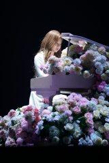 ミンジュのピアノ演奏でも魅了
