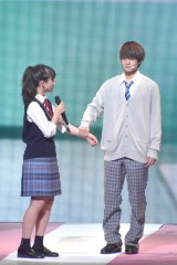 『第23回Seventeen夏の学園祭2019』に出演した(左から)清原果耶、佐野勇斗 (C)ORICON NewS inc.