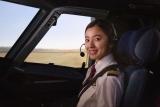本物の飛行機のコックピットで撮影(C)ABCテレビ